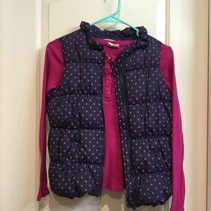 Puffer vest w/long sleeve Henley tee